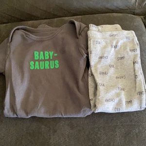 Carter's 9m Dino 🦕 outfit